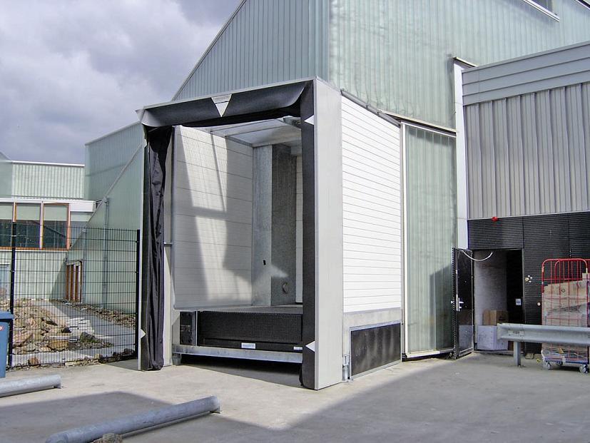 De docksluis is een extra extensie aan het gebouw en zie for Holland deuren service