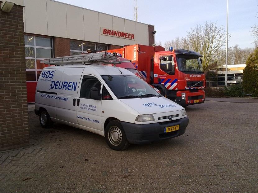 Speciale Hulpverkening Overheaddeuren voor brandweer, ambulance en politie